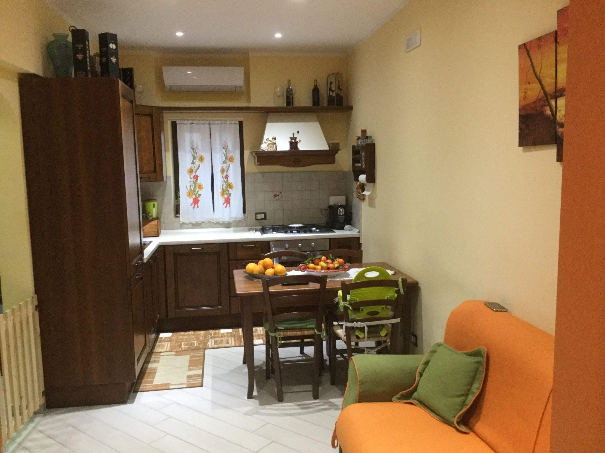 077 - Appartamento ristrutturato, via Mandralisca,43- Cefalù
