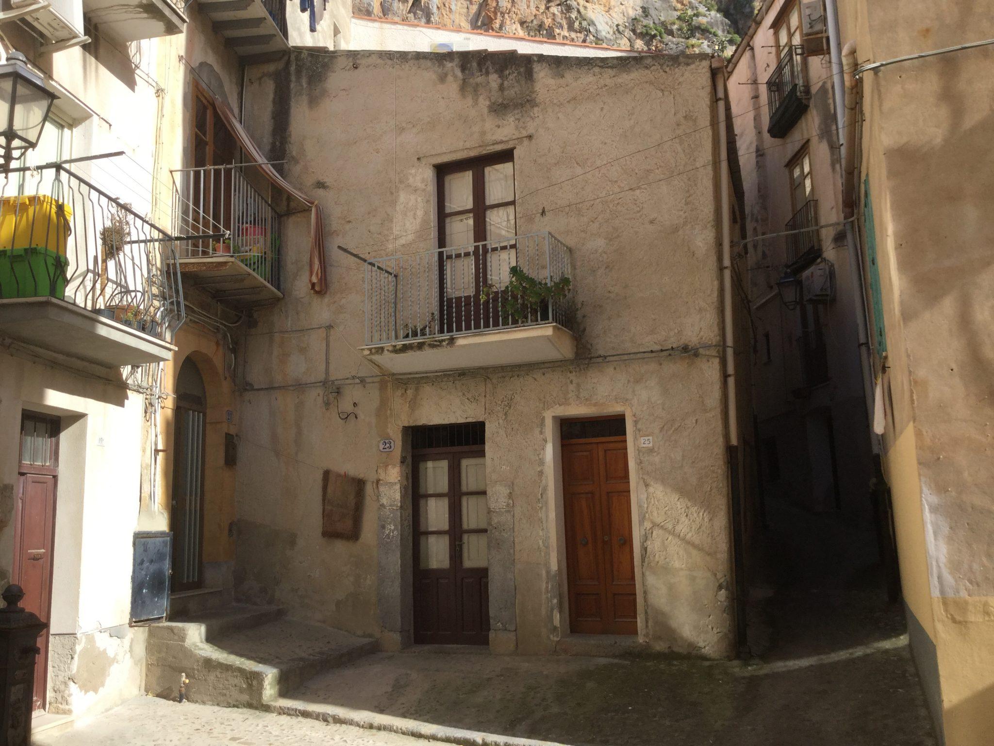 082 - Casa indipendente Vicolo Neglia , Cefalù