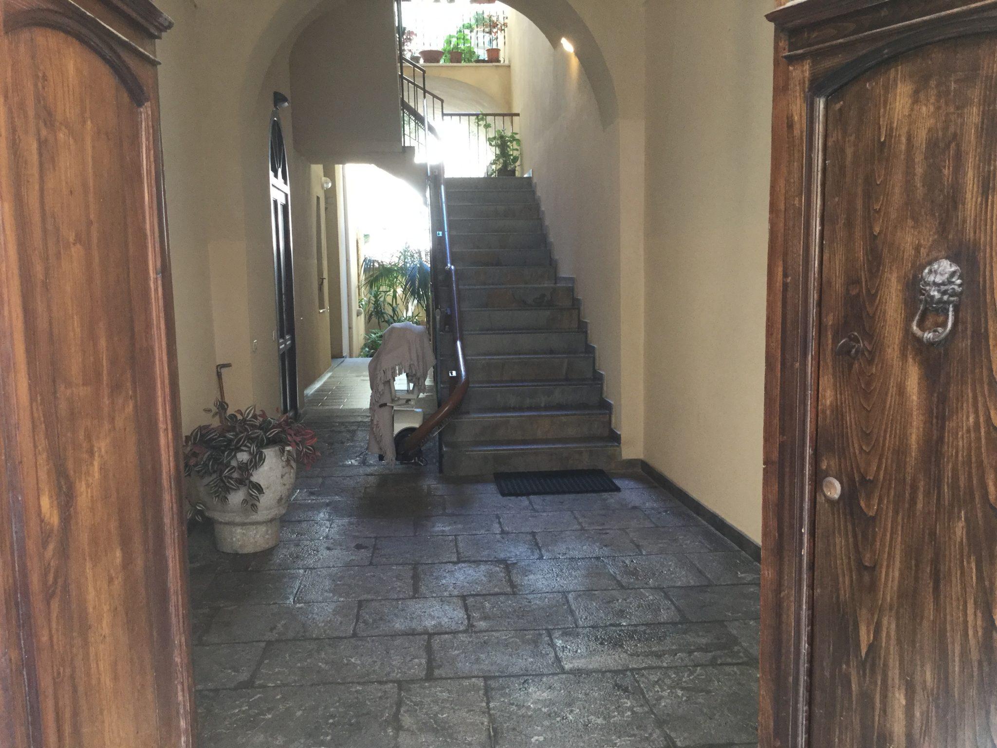 085 - Casa Signorile , Via Porto Salvo -  Cefalù