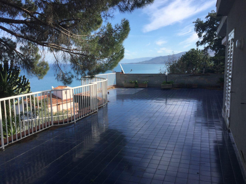 104 - Villa indipendente , contrada Caldura , Cefalù